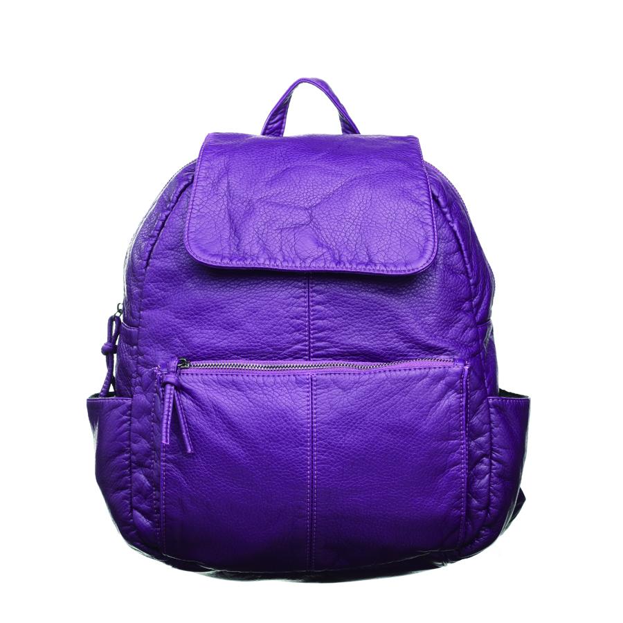 Рюкзак женский OrsOro, цвет: фиолетовый. D-251/7S76245Стильный рюкзак OrsOro, выполнен из экокожи и оснащен двумя плечевыми регулируемыми ремнями на спинке и удобной ручкой для переноски. Изделие закрывается на застежку-молнию, внутри имеет одно вместительное отделение с одним накладным карманом для телефона и мелочей и одним прорезным карманом на застежке-молнии. С тыльной стороны изделия имеется прорезной карман на застежке-молнии. Рюкзак оснащен также передним накладным карманом на молнии и двумя боковыми карманами для мелочей.Сумка-рюкзак OrsOro - это выбор молодой, уверенной, стильной женщины, которая ценит качество и комфорт. Изделие станет изысканным дополнением к вашему образу.