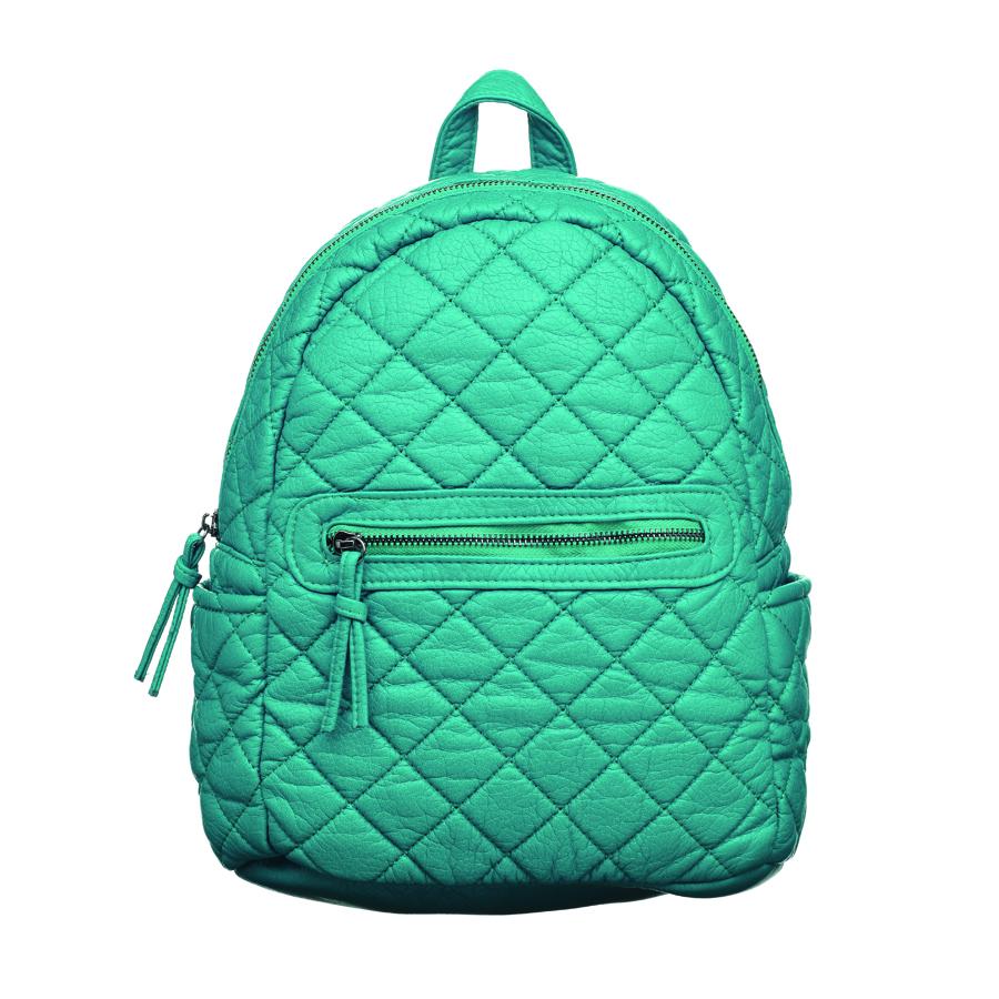 Рюкзак женский OrsOro, цвет: бирюзовый. D-253/6BA7426Стильный рюкзак OrsOro, выполнен из экокожи и оснащен двумя плечевыми регулируемыми ремнями на спинке и удобной ручкой для переноски. Изделие закрывается на застежку-молнию, внутри имеет одно вместительное отделение с одним накладным карманом для телефона и мелочей и одним прорезным карманом на застежке-молнии. С тыльной стороны изделия имеется прорезной карман на застежке-молнии. Рюкзак оснащен также передним накладным карманом на молнии и двумя боковыми карманами для мелочей.Сумка-рюкзак OrsOro - это выбор молодой, уверенной, стильной женщины, которая ценит качество и комфорт. Изделие станет изысканным дополнением к вашему образу.