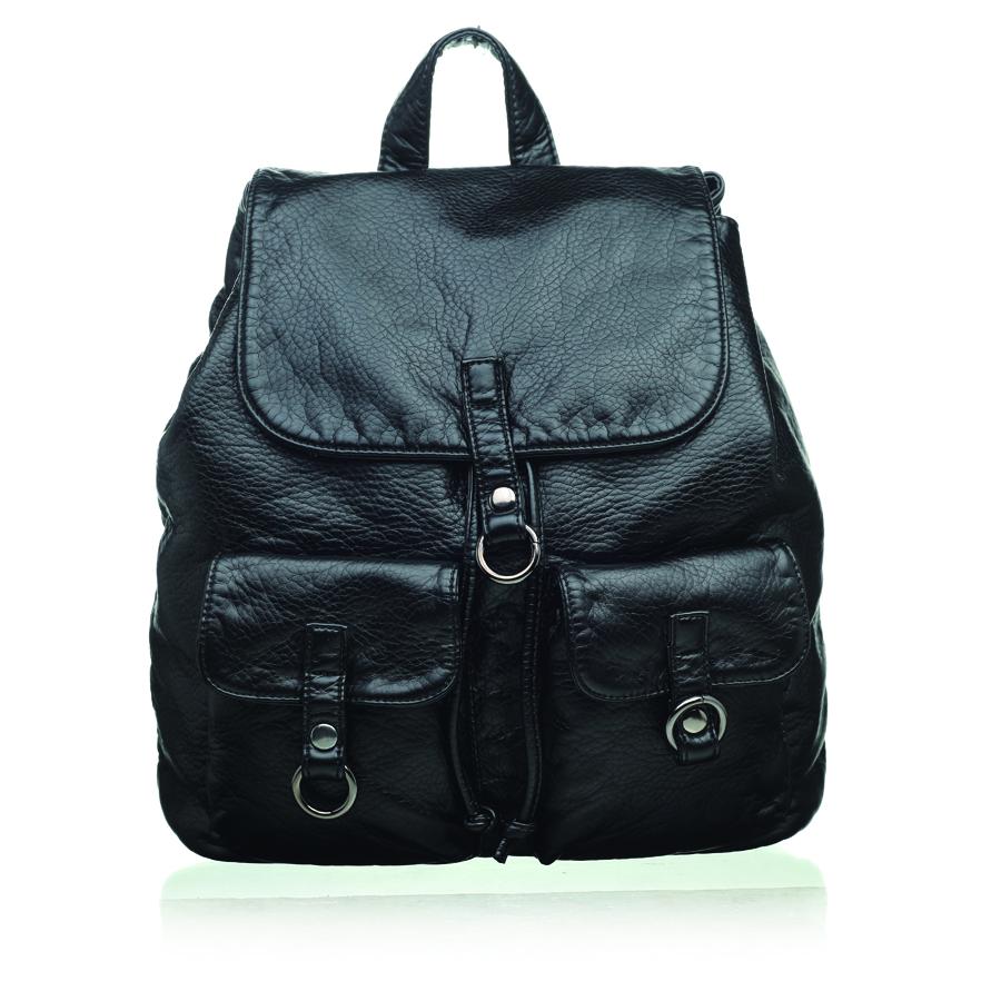 Рюкзак женский OrsOro, цвет: черный. D-254/123008Стильный рюкзак OrsOro, выполнен из экокожи и оснащен двумя плечевыми регулируемыми ремнями на спинке и удобной ручкой для переноски. Изделие затягивается с помощью шнурка и закрывается клапаном на кнопку, внутри имеет одно вместительное отделение с одним накладным карманом для телефона и мелочей и одним прорезным карманом на застежке-молнии. С тыльной стороны изделия имеется прорезной карман на застежке-молнии. Рюкзак оснащен также передними накладными карманами, которые закрываются с помощью небольших клапанов на кнопки.Сумка-рюкзак OrsOro - это выбор молодой, уверенной, стильной женщины, которая ценит качество и комфорт. Изделие станет изысканным дополнением к вашему образу.