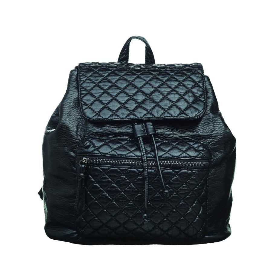 Рюкзак женский OrsOro, цвет: черный. D-255/1S76245Стильный рюкзак OrsOro, выполнен из экокожи и оснащен двумя плечевыми регулируемыми ремнями на спинке и удобной ручкой для переноски. Изделие затягивается с помощью шнурка и закрывается клапаном на кнопку, внутри имеет одно вместительное отделение с одним накладным карманом для телефона и мелочей и одним прорезным карманом на застежке-молнии. С тыльной стороны изделия имеется прорезной карман на застежке-молнии. Рюкзак оснащен также передним накладным карманом, на молнии.Сумка-рюкзак OrsOro - это выбор молодой, уверенной, стильной женщины, которая ценит качество и комфорт. Изделие станет изысканным дополнением к вашему образу.
