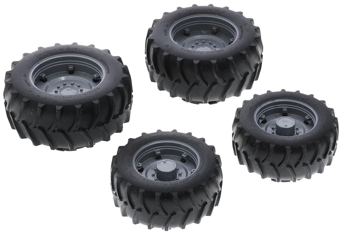 """Шины для системы сдвоенных колес """"Bruder"""" откроют новые горизонты игры с машинками """"Bruder"""" для вашего ребенка. Это дополнительное навесное оборудование для техники """"Bruder"""", выполненное в масштабе 1:16. Оборудование устанавливается на соответствующие ему машины и трактора. Определить, подходит ли аксессуар к вашей технике, можно по буквам, нанесенным на упаковку. Этот аксессуар подойдет к технике с маркировкой """"А"""". Данный комплект устанавливается на стандартные колеса и служит для улучшения внедорожных качеств тракторов, позволяя им работать на мягких или сыпучих грунтах. Диаметр передних колес - 8 см, задних - 10 см."""