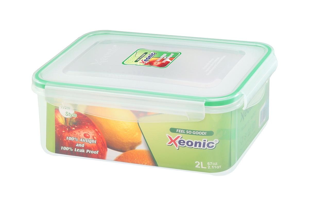 Контейнер пищевой Xeonic, прямоугольный, цвет: прозрачный, зеленый, 2 л. 810097VT-1520(SR)Контейнер Xeonic, изготовленный из высококачественного полипропилена, предназначен для хранения любых пищевых продуктов. Крышка с силиконовой вставкой герметично защелкивается специальным механизмом. На крышке расположена удобная ручка для переноски.Изделие устойчиво к воздействию масел и жиров, не впитывает запах. Прозрачные стенки позволяют видеть содержимое.Контейнер Xeonic удобен для ежедневного использования в быту, долговечен, легко открывается и закрывается, не занимает много места.Можно мыть в посудомоечной машине, использовать в микроволновой печи и морозильной камере.