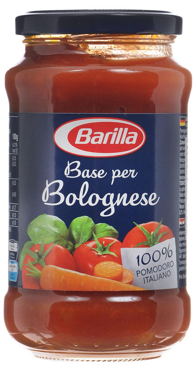 Barilla Sugo Base per Bolognese соус основа для болоньезе, 400 г0120710Натуральная основа для соуса Болоньезе, сделанная из лучших итальянских томатов, овощей и специй. Прекрасная возможность приготовить соус в домашних условиях, сэкономив время на чистке и обжарке овощей.Лучше всего благородный вкус соуса Болоньезе раскрывается в сочетании с яичными Тальятелле. Достаточно обжарить фарш, добавить основу для Болоньезе Barilla, прогреть на медленном огне и ваш соус готов.