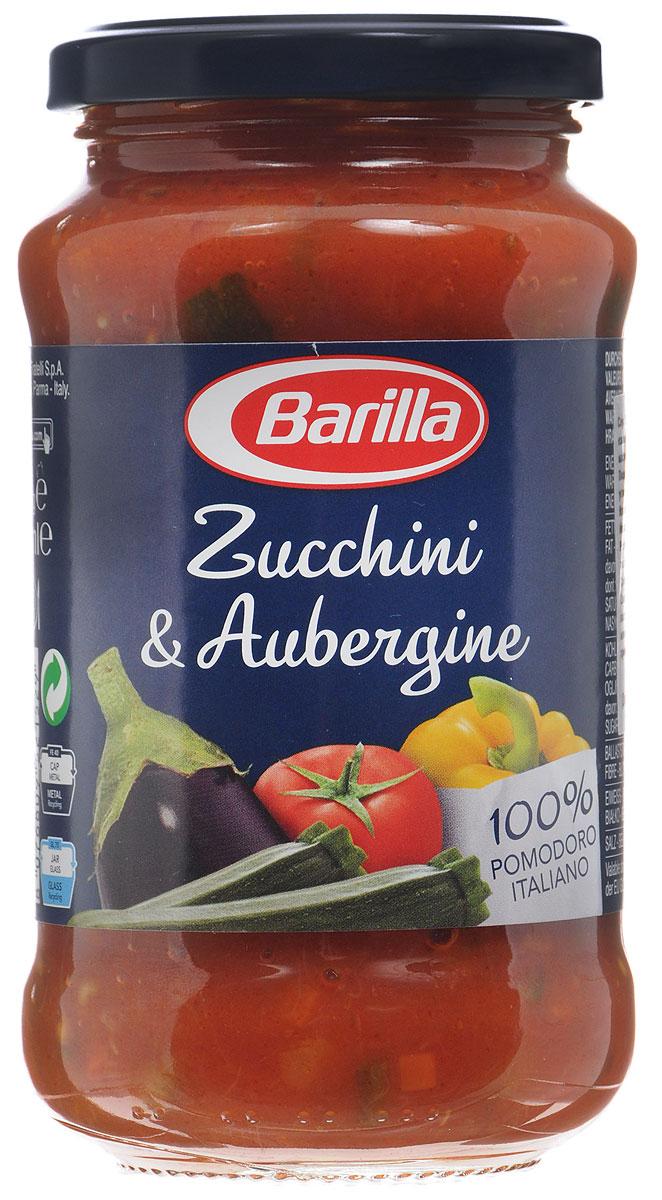 Barilla Sugo Zucchini & Aubergine соус с цуккини и баклажанами, 400 г1093Густой соус Barilla Zucchini & Aubergine из сладкого перца, баклажан, цуккини, слегка обжаренных вместе с легким соффритто из моркови, сельдерея и лука, и помидор вобрал в себя все оттенки вкуса свежих овощей. Приготовленный согласно традиции без консервантов этот соус поможет вам создать простое и в то же время изысканное блюдо.Чтобы максимально полно прочувствовать яркий солнечный вкус соуса Цуккини и баклажаны, предлагаем вам попробовать его вместе с Пипе Ригате. Их причудливая форма прекрасно раскроет все вкусовые нюансы этого соуса.Можно сразу можно соединить его вместе с отваренной до состояния аль денте пастой, либо, чтобы подчеркнуть вкус и аромат овощей, разогрейте соус на медленном огне или в микроволновой печи.