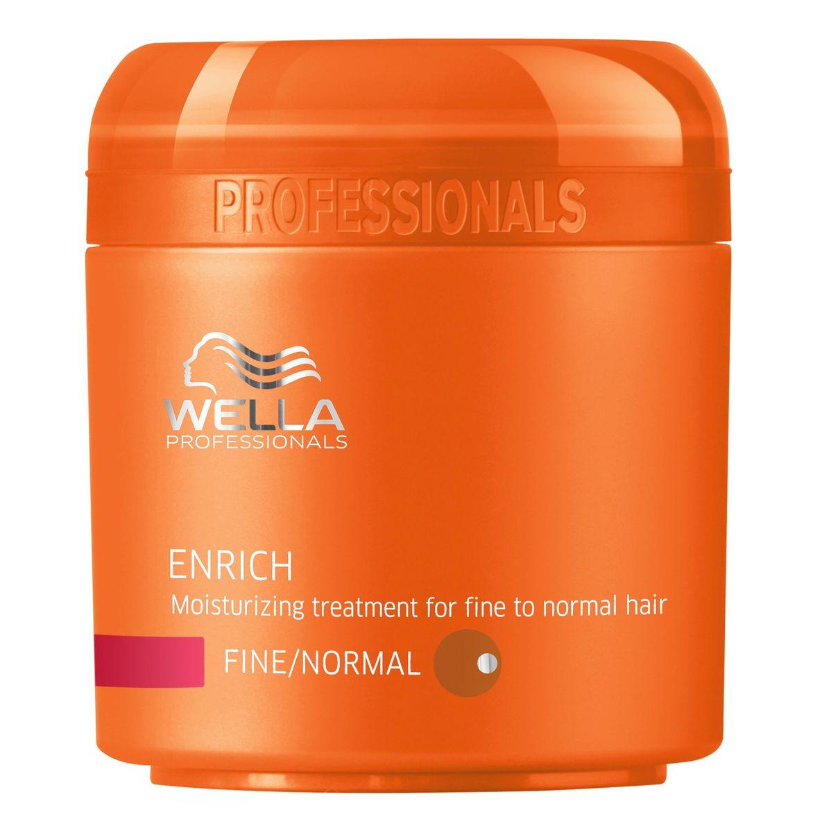 Wella Питательная крем-маска Enrich Line для нормальных и тонких волос, 150 млjf213220Для нормальных и тонких волос отлично подходит специальная питательная крем-маска от Wella, содержащая натуральные компоненты. Данное средство используют в тех случаях, когда необходимо придать локонам насыщенный блеск и эластичность. Маска восстанавливает поврежденные волосы любой длины, увлажняет их, и все благодаря входящему в состав экстракту шелка. Ваши волосы получают полноценный уход и защиту от внешнего негативного воздействия.Упругость, сила, сияющий цвет волос все это обеспечивает вашим волосам крем-маска Wella.