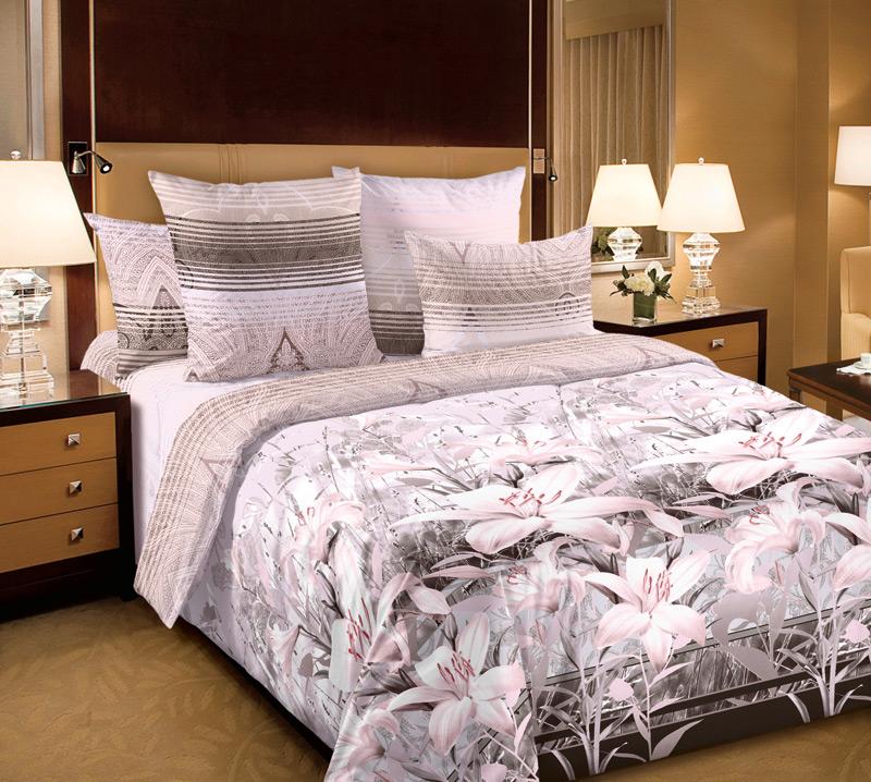 Комплект постельного белья 1,5 спальное из Перкаль Луиза 1,5сп 2н с комп.арт.1250П391602Перкаль - это тонкая и легкая хлопчатобумажная ткань высокой плотности полотняного переплетения, сотканная из пряжи высоких номеров. При изготовлении перкаля используются длинноволокнистые сорта хлопка, что обеспечивает высокие потребительские свойства материала. Несмотря на свою утонченность, перкаль очень практичен – это одна из самых износостойких тканей для постельного белья.
