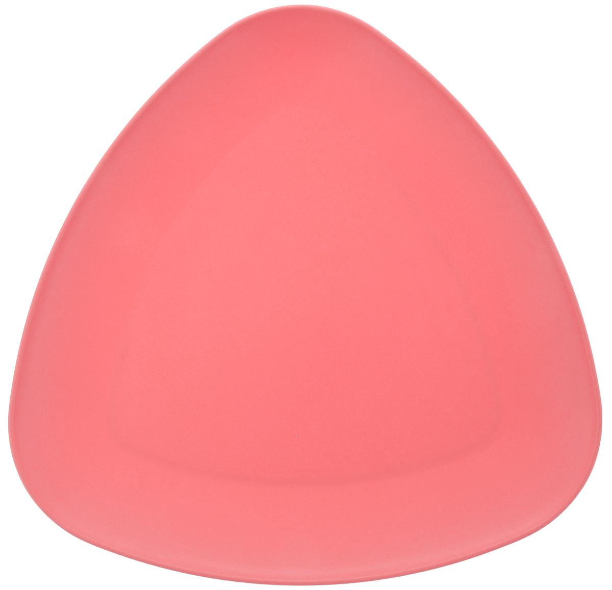 Тарелка Ucsan, треугольная, цвет: коралловый, 27 х 27 смFS-91909Треугольная тарелка Ucsan изготовлена из полипропилена и идеально подходит для сервировки стола.Тарелка Ucsan не только украсит ваш кухонный стол и подчеркнет прекрасный вкус хозяйки, но и станет отличным подарком.Можно мыть в посудомоечной машине.Размер тарелки: 27 х 27 см.
