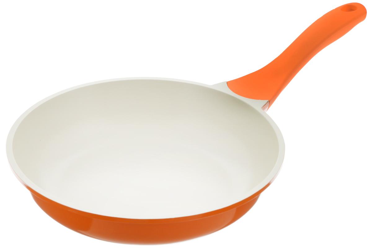 Сковорода Biostal, с керамическим покрытием, цвет: оранжевый, бежевый. Диаметр 24 см. FP-24Bio-FP-24 оранж/бежСковорода Biostal выполнена из литого алюминия с многослойным керамическим покрытием Ceralon на основе натуральных компонентов швейцарского производства Ilag. Утолщенное дно изделия обеспечивает равномерное распределение тепла по всей рабочей поверхности. Ненагревающаяся эргономичная ручка из бакелита с покрытием soft-touch обеспечит удобный захват, превращая процесс приготовления пищи в удовольствие. Можно готовить с минимальным количеством масла.Подходит для использования на газовых, электрических и стеклокерамических плитах, кроме индукционных. Можно мыть в посудомоечной машине.Диаметр сковороды: 24 см. Высота стенки: 6 см. Длина ручки: 20 см.
