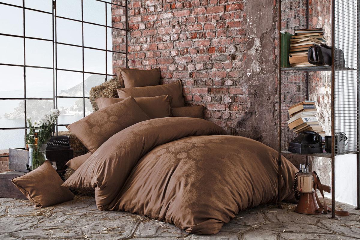 Комплект белья Issimo Home Medusa, евро, наволочки 50x70, цвет: коричневый. 461668/5/3Все белье Issimo – это образец качества. Ровные швы, качественный хлопок, четкие рисунки на тканях, которые не полиняют и не потеряют яркости долгое время – все это говорит о строгом отношении производителя к своей продукции.