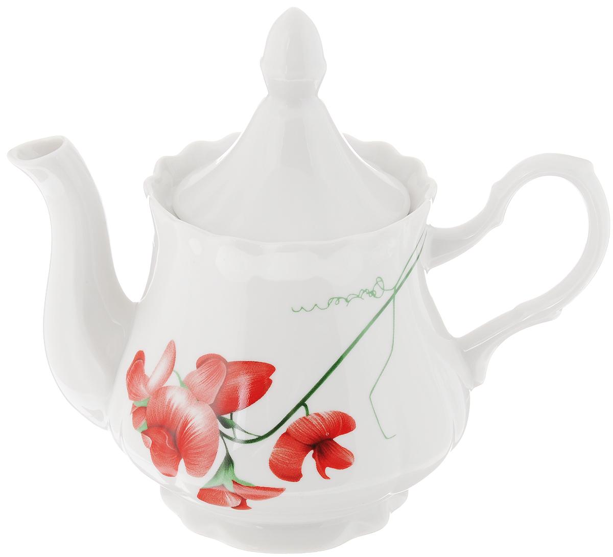 Чайник заварочный Романс. Рубин, 800 мл115510Заварочный чайник Романс. Рубин изготовлен из высококачественного фарфора. Посудаоформлена ярким рисунком. Такой чайник идеально подойдет для заваривания чая. Он хорошо держит температуру, что способствует более полному раскрытию цвета, аромата и вкуса чайного букета. Изделие прекрасно дополнит сервировку стола к чаепитию и станет его неизменным атрибутом.Объем: 800 мл. Диаметр (по верхнему краю): 9,3 см. Диаметр основания: 8,5 см.Высота чайника (без учета крышки): 12 см.