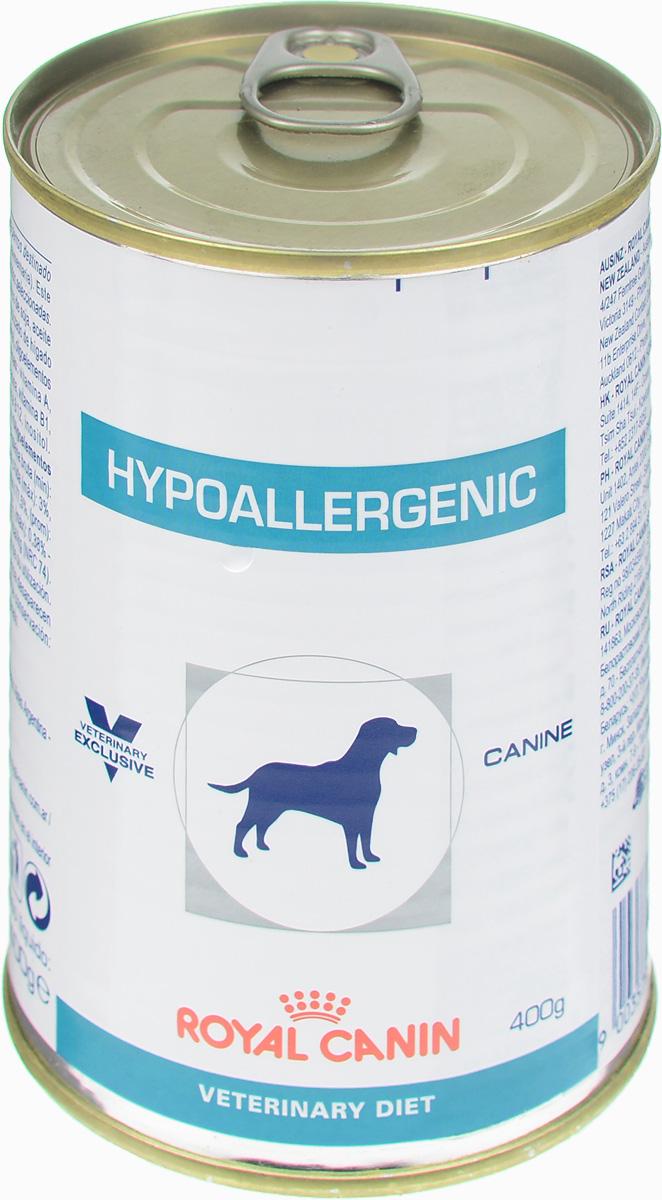 Консервы для собак Royal Canin Hypoallergenic, при пищевой аллергии и непереносимости, 400 г0120710Royal Canin Hypoallergenic - полнорационный диетический корм для собак, применяемый при пищевой аллергии или непереносимости некоторых ингредиентов и нутриентов. Специально подобранные источники белков и углеводов.Показания:- исключающая диета;- аллергия алиментарной природы, проявляющаяся нарушениями со стороны кожного покрова и/или пищеварительного тракта;- пищевая непереносимость;- хроническое воспаление кишечника;- экзокринная недостаточность поджелудочной железы;- хроническая диарея;- пролиферация бактерий в тонком кишечнике.Противопоказания:- беременность, лактация, рост. Гидролизат соевого белка, состоящий из пептидов с небольшой молекулярной массой, обладает высокой усвояемостью и гипоаллергенным действием.Сочетание инозитола, пантотеновой кислоты, ниацина, холина, гистидина усиливает защитные функции кожи и предотвращает ее излишнюю сухость.Комплекс антиоксидантов синергичного действия уменьшает окислительный стресс и помогает нейтрализовать свободные радикалы. Линолевая, эйкозапентаеновая (EPA) и докозагексаеновая (DHA), жирные кислоты, входящие в состав корма, помогают регулировать кожные реакции и поддерживают кожу в здоровом состоянии.Состав: субпродукты растительного происхождения (гороховый крахмал), экстракты белков растительного происхождения (гидролизат соевого белка), масла и жиры, минеральные вещества, мясо и мясные субпродукты (гидролизат печени птицы), углеводы.Добавки на 1 кг: витамин А: 5000 МЕ, витамин D3: 340 МЕ, железо: 25 мг, йод: 2 мг, медь: 6 мг, марганец: 32 мг, цинк: 120 мг.Питательные вещества на 100 г: белки 6%, жиры 3,5%, минеральные вещества 1,6%, клетчатка пищевая 2%, влажность 74,5%. Энергетическая ценность на кг: 1051 ккал. Вес: 400 г. Товар сертифицирован.