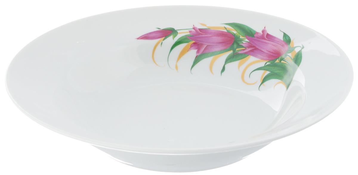 Тарелка глубокая Идиллия. Колокольчики, диаметр 24 см54 009312Тарелка глубокая Идиллия. Колокольчики, выполненная из высококачественного фарфора, идеальна для сервировки стола первыми блюдами. К тому же, такая тарелка великолепна в качестве емкости при приготовлении - ее можно использовать для ингредиентов салатов, закусок и других блюд. Она прекрасно впишется в интерьер вашей кухни и станет достойным дополнением к кухонному инвентарю. Тарелка Идиллия. Колокольчики подчеркнет прекрасный вкус хозяйки и станет отличным подарком.