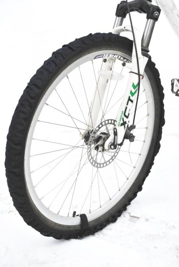 Велотапки AG-brand. Размер 26-29, цвет: черный 2 шт.RivaCase 7560 blueЧехлы на колеса велосипеда. Необходимый аксессуар для хранения велосипеда в домашних условия. Легко и быстро одеваются/снимаются, крепятся с помощью липучки. Защищают от грязи пол в вашей квартиры. Прекрастный аксессуар. который облегчит жизнь всем велосипедистам, вынужденным хранить велосипеды в квартире.