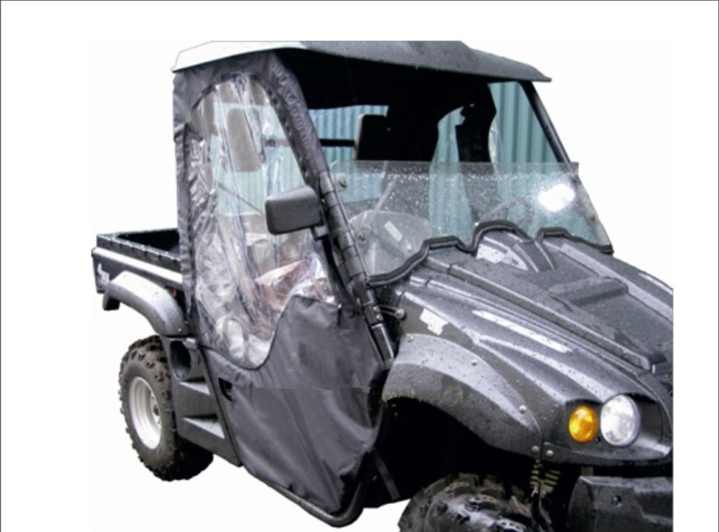 Текстильная кабина AG-brand Stels 700H, цвет: черныйK100Кабина выполнена из высокопрочных влагоотталкивающих тканей с ПУ и ПВХ пропиткой, плотностью не менее 270 гр/м2 - от 800 до 1680den. Модель текстильной кабины Stels 700H снабжена вставками-окнами из плотной пленки ПВХ - 2 боковых окна и 1 заднее. Дверные стенки текстильной кабины снабжены надежными молниями. Крепление к раме - прочная контактная лента.