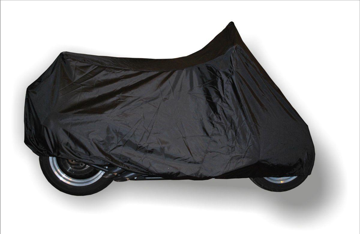 Чехол AG-brand, для мотоцикла XL, универсальный, цвет: черныйK100Удобный чехол AG-brand предназначен для хранения мотоциклов изготовлен из прочной водонепроницаемой ткани. Резинка у переднего и заднего колес в совокупности с застежкой снизу мотоцикла, не позволит самым сильным порывам ветра сорвать чехол. Универсальный чехол подходит для мотоциклов разных производителей и классов.