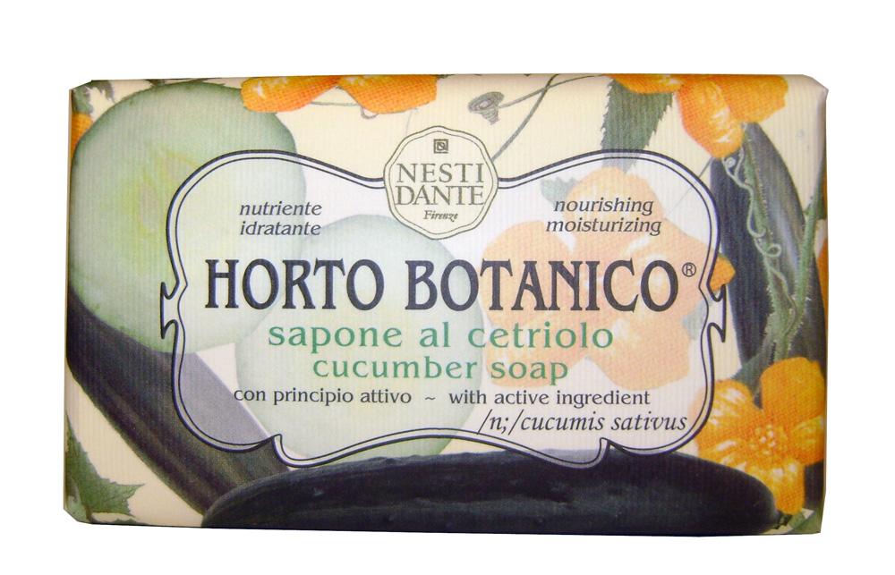 Nesti Dante Мыло Horto Botanico. Огурец, 250 г1733206Великолепное растительное мыло премиум-класса Nesti Dante Horto Botanico. Огурец изготовлено по старинным рецептам и по традиционной котловой технологии, в составе мыла только натуральные оливковое и пальмовое масло высочайшего качества, для ароматизации использованы органические эфирные масла. Экстракт огурца питает и увлажняет, мыло прекрасно заботится о коже, хорошо мылится и очищает загрязнения. Благодаря содержанию натуральных компонентов, кожа становится нежной, увлажненной и упругой. Изысканная флорентийская бумага, в которую завернуто мыло, расписана акварелью, на каждом кусочке мыла выгравирована надпись With Love And Care (С любовью и заботой).Товар сертифицирован.