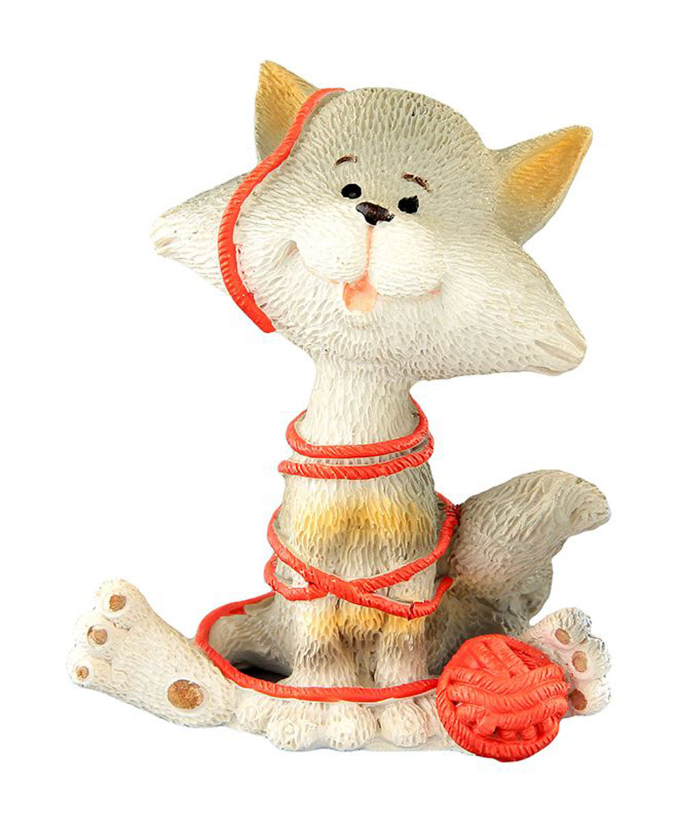 Фигурка декоративная Elan Gallery Кот-баловник, высота 8 смFS-80299Декоративные фигурки - это отличный способ разнообразить внутреннее убранство вашего дома. Декоративная фигурка с изображением кота станет прекрасным сувениром, который вызовет улыбку и поднимет настроение.Фигурка выполнена из полистоуна.