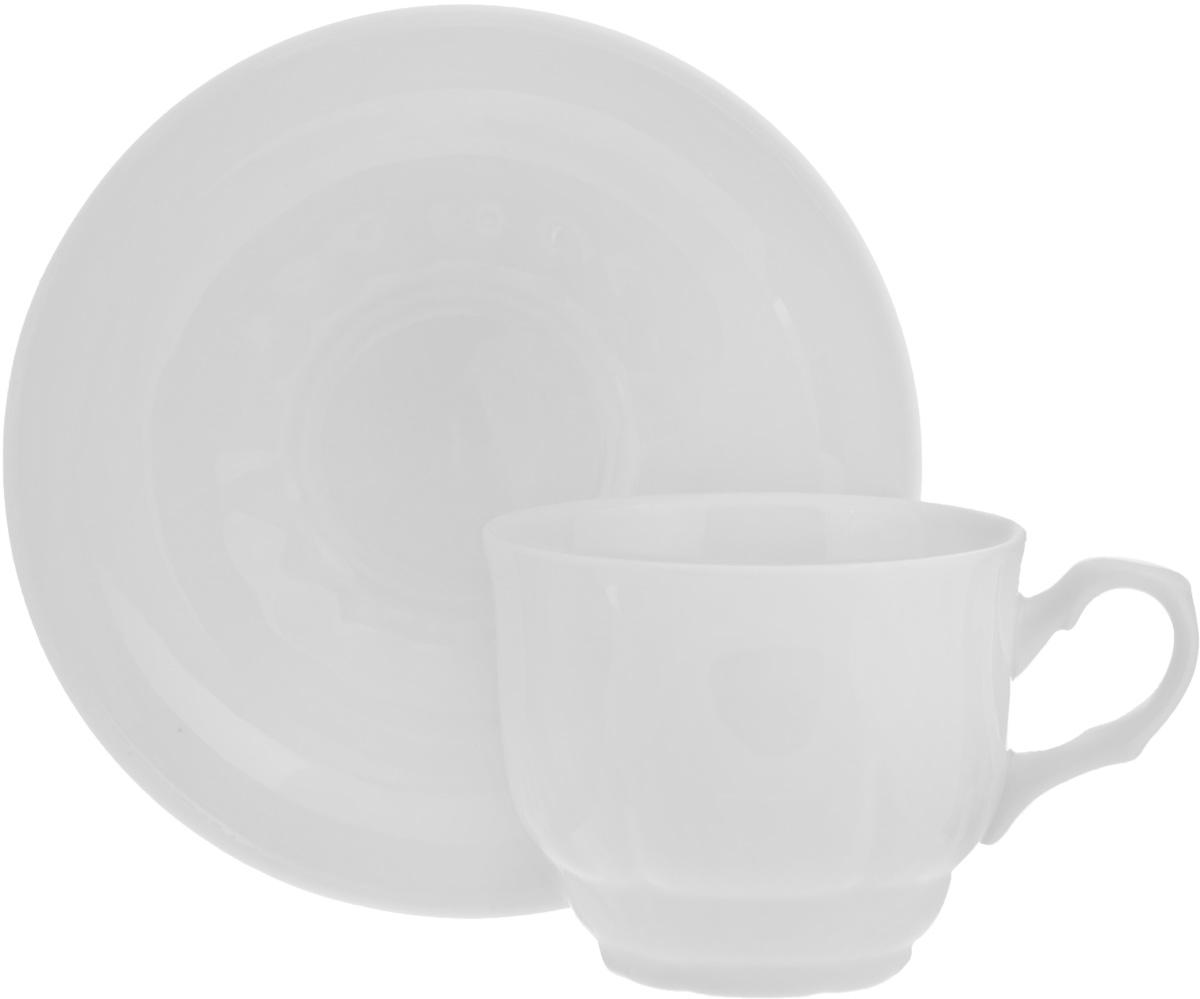 Чайная пара Тюльпан. Белье, 2 предмета54 009312Чайная пара Тюльпан. Белье состоит из чашки и блюдца, изготовленных из высококачественного фарфора. Оригинальный дизайн, несомненно, придется вам по вкусу.Чайная пара Тюльпан. Белье украсит ваш кухонный стол, а также станет замечательным подарком к любому празднику.Диаметр чашки (по верхнему краю): 8,5 см.Высота чашки: 7 см.Диаметр блюдца: 15 см.Высота блюдца: 3 см.