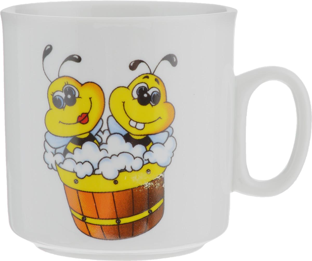 Кружка Пчелы, 200 мл115510Кружка Пчелы изготовлена из высококачественного фарфора. Изделие оформлено красочным рисунком и покрыто превосходной сверкающей глазурью. Изысканная кружка прекрасно оформит стол к чаепитию и станет его неизменным атрибутом.Диаметр кружки (по верхнему краю): 7 см.Высота стенок: 7,5 см.