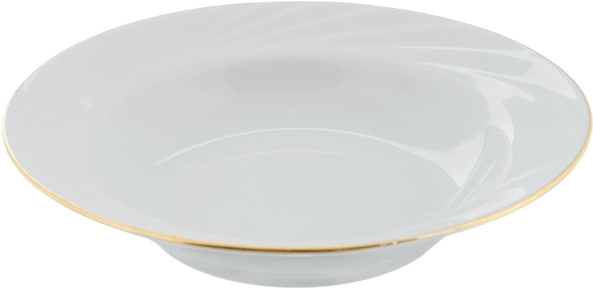 Тарелка глубокая Голубка, диаметр 20 см115510Глубокая тарелка Голубка выполнена из высококачественного фарфора. Она прекрасно впишется в интерьер вашей кухни и станет достойным дополнением к кухонному инвентарю. Тарелка Голубка подчеркнет прекрасный вкус хозяйки и станет отличным подарком.