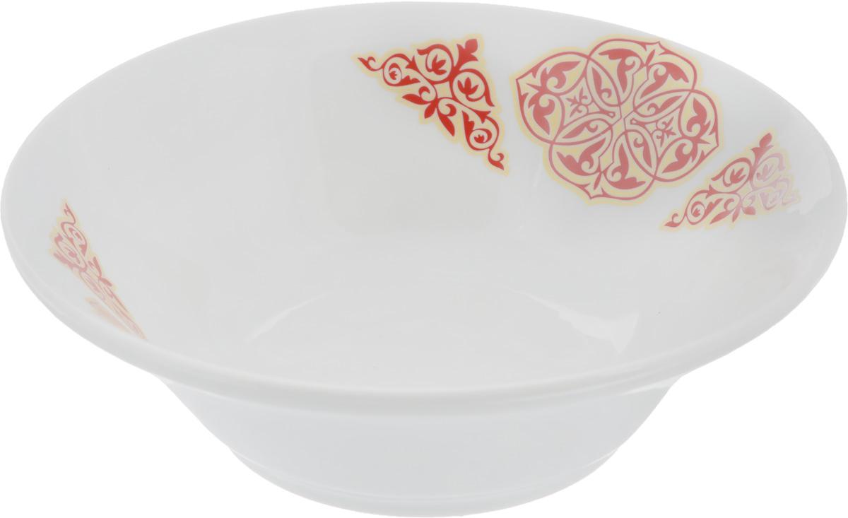 Салатник Идиллия. Восточный, 600 мл68/5/3Элегантный салатник Идиллия. Восточный, изготовленный из высококачественного фарфора, прекрасно подойдет для подачи различных блюд: закусок, салатов или фруктов. Такой салатник украсит ваш праздничный или обеденный стол, а оригинальное исполнение понравится любой хозяйке.