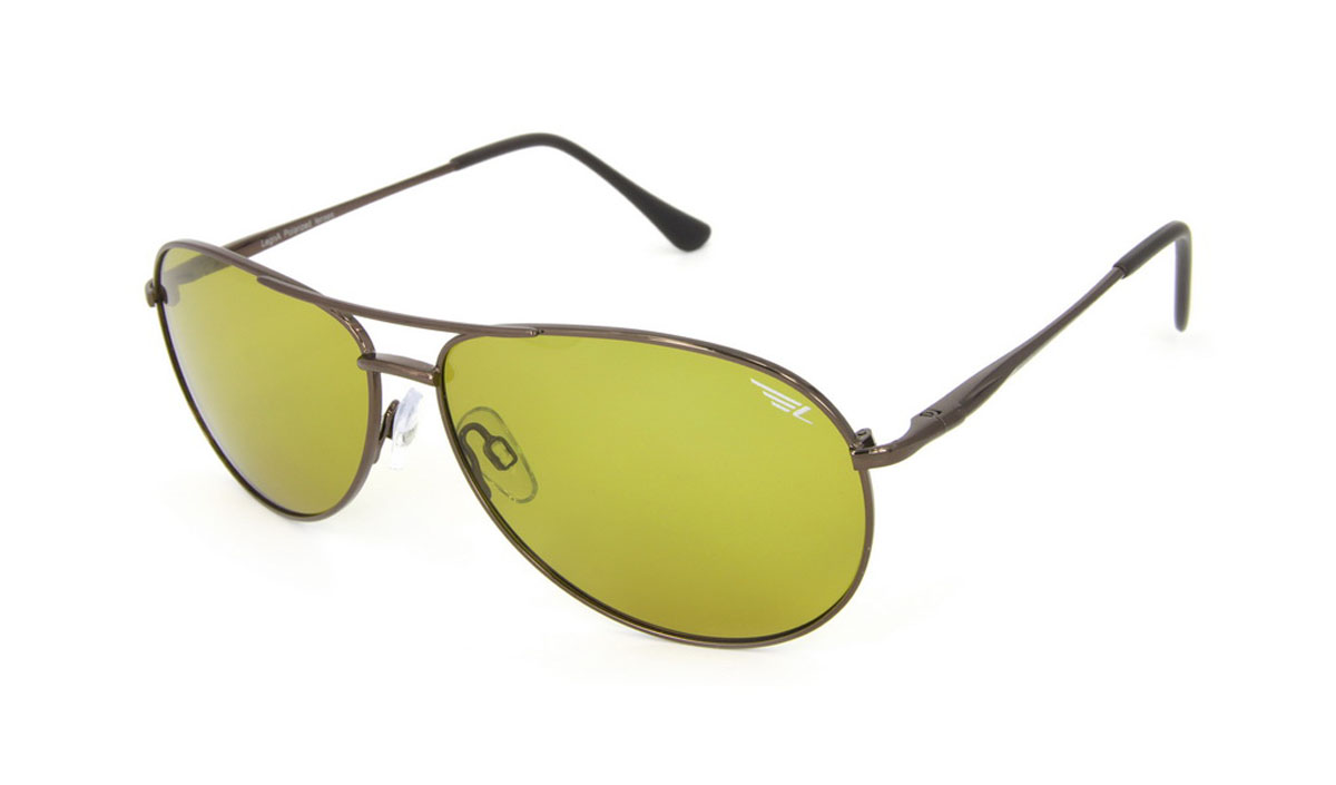 Очки поляризационные Legna, цвет: желтый. S4506BINT-06501Стильные солнцезащитные очки Legna сделают приятной прогулку в жаркий солнечный полдень. Их также по достоинству оценят водители, так как эта модель очков оснащена уникальными поляризационными линзами, которые задерживают раздражающие блики, что гарантирует полный зрительный комфорт и, как результат, повышенную безопасность. Высокоэффективный встроенный УФ фильтр обеспечивает совершенную защиту от вредных ультрафиолетовых лучейКроме того, это эффектный аксессуар, который наверняка станет «изюминкой» вашего индивидуального стиля. Оправа не только красивая, но и прочная, а линзы со временем не покроются мелкими царапинами. Чистка и обслуживание:Вымыть теплой водой, вытереть мягкой сухой салфеткой. Условия хранения: в футляре при нормальных климатических условиях.Предупреждение:Не использовать в солярии, не смотреть на прямые солнечные лучи, не использовать при управлении автомобилем в сумерках и ночью.