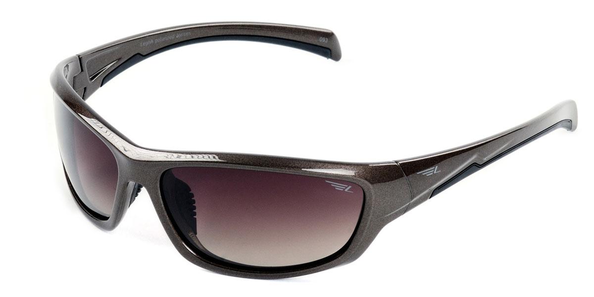 Очки мужские поляризационные Legna, цвет: коричневый. S7401BINT-06501Стильные солнцезащитные очки Legna сделают приятной прогулку в жаркий солнечный полдень. Их также по достоинству оценят водители, так как эта модель очков оснащена уникальными поляризационными линзами, которые задерживают раздражающие блики, что гарантирует полный зрительный комфорт и, как результат, повышенную безопасность. Высокоэффективный встроенный УФ фильтр обеспечивает совершенную защиту от вредных ультрафиолетовых лучейКроме того, это эффектный аксессуар, который наверняка станет «изюминкой» вашего индивидуального стиля. Оправа не только красивая, но и прочная, а линзы со временем не покроются мелкими царапинами. Чистка и обслуживание:Вымыть теплой водой, вытереть мягкой сухой салфеткой. Условия хранения: в футляре при нормальных климатических условиях.Предупреждение:Не использовать в солярии, не смотреть на прямые солнечные лучи, не использовать при управлении автомобилем в сумерках и ночью.