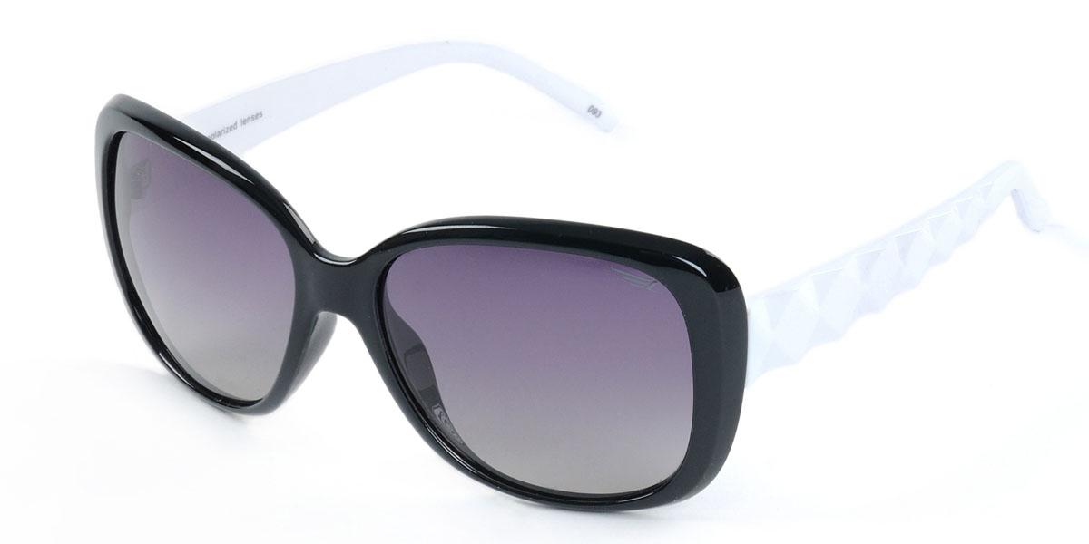 Очки женские поляризационные Legna, цвет: черный, белый. S8403ABM8434-58AEСтильные солнцезащитные очки Legna сделают приятной прогулку в жаркий солнечный полдень. Их также по достоинству оценят водители, так как эта модель очков оснащена уникальными поляризационными линзами, которые задерживают раздражающие блики, что гарантирует полный зрительный комфорт и, как результат, повышенную безопасность. Высокоэффективный встроенный УФ фильтр обеспечивает совершенную защиту от вредных ультрафиолетовых лучейКроме того, это эффектный аксессуар, который наверняка станет «изюминкой» вашего индивидуального стиля. Оправа не только красивая, но и прочная, а линзы со временем не покроются мелкими царапинами. Чистка и обслуживание:Вымыть теплой водой, вытереть мягкой сухой салфеткой. Условия хранения: в футляре при нормальных климатических условиях.Предупреждение:Не использовать в солярии, не смотреть на прямые солнечные лучи, не использовать при управлении автомобилем в сумерках и ночью.