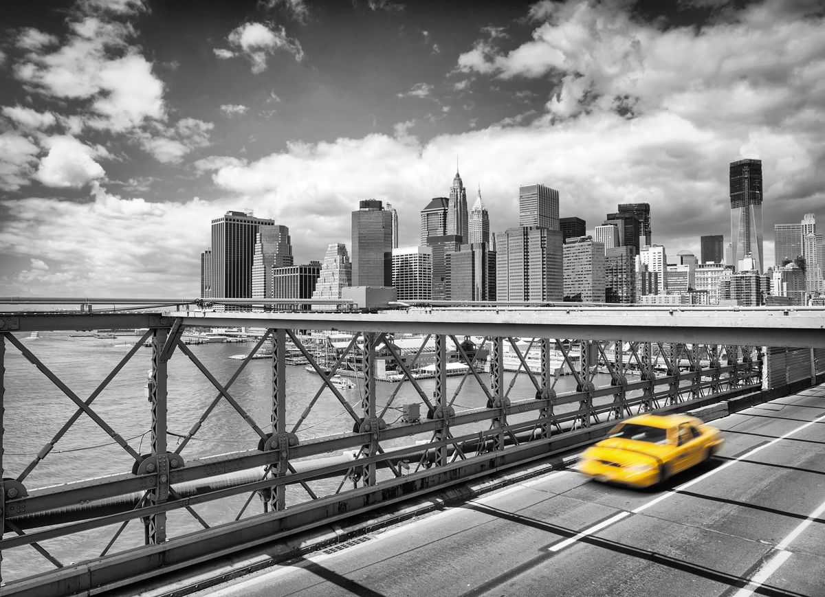 Фотообои Komar Такси в Бруклин, 2,54 х 1,84 мБрелок для сумкиБумажные фотообои известного бренда Komar позволят создать неповторимый облик помещения, в котором они размещены. Фотообои наносятся на стены тем же способом, что и обычные обои. Благодаря превосходной печати и высококачественной основе такие обои будут радовать вас долгое время. Фотообои снова вошли в нашу жизнь, став модным направлением декорирования интерьера. Выбрав правильную фактуру и сюжет изображения можно добиться невероятного эффекта живого присутствия.Ширина рулона: 2,54 м.Высота полотна: 1,84 м. Клей в комплекте.