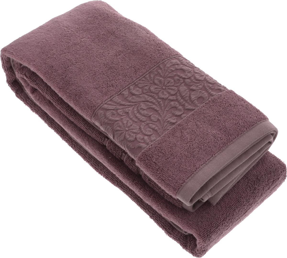 Полотенце бамбуковое Issimo Home Valencia, цвет: пыльная роза, 90 x 150 смCLP446Полотенце Issimo Home Valencia выполнено из 60% бамбукового волокна и 40% хлопка. Таким полотенцем не нужно вытираться - только коснитесь кожи - и ткань сама все впитает. Такая ткань впитывает в 3 раза лучше, чем хлопок.Несмотря на высокую плотность, полотенце быстро сохнет, остается легкими даже при намокании.Изделие имеет красивый жаккардовый бордюр, оформленный цветочным орнаментом. Благородные, классические тона создадут уют и подчеркнут лучшие качества махровой ткани, а сочные, яркие, летние оттенки создадут ощущение праздника и наполнят дом энергией. Красивая, стильная упаковка этого полотенца делает его уже готовым подарком к любому случаю.