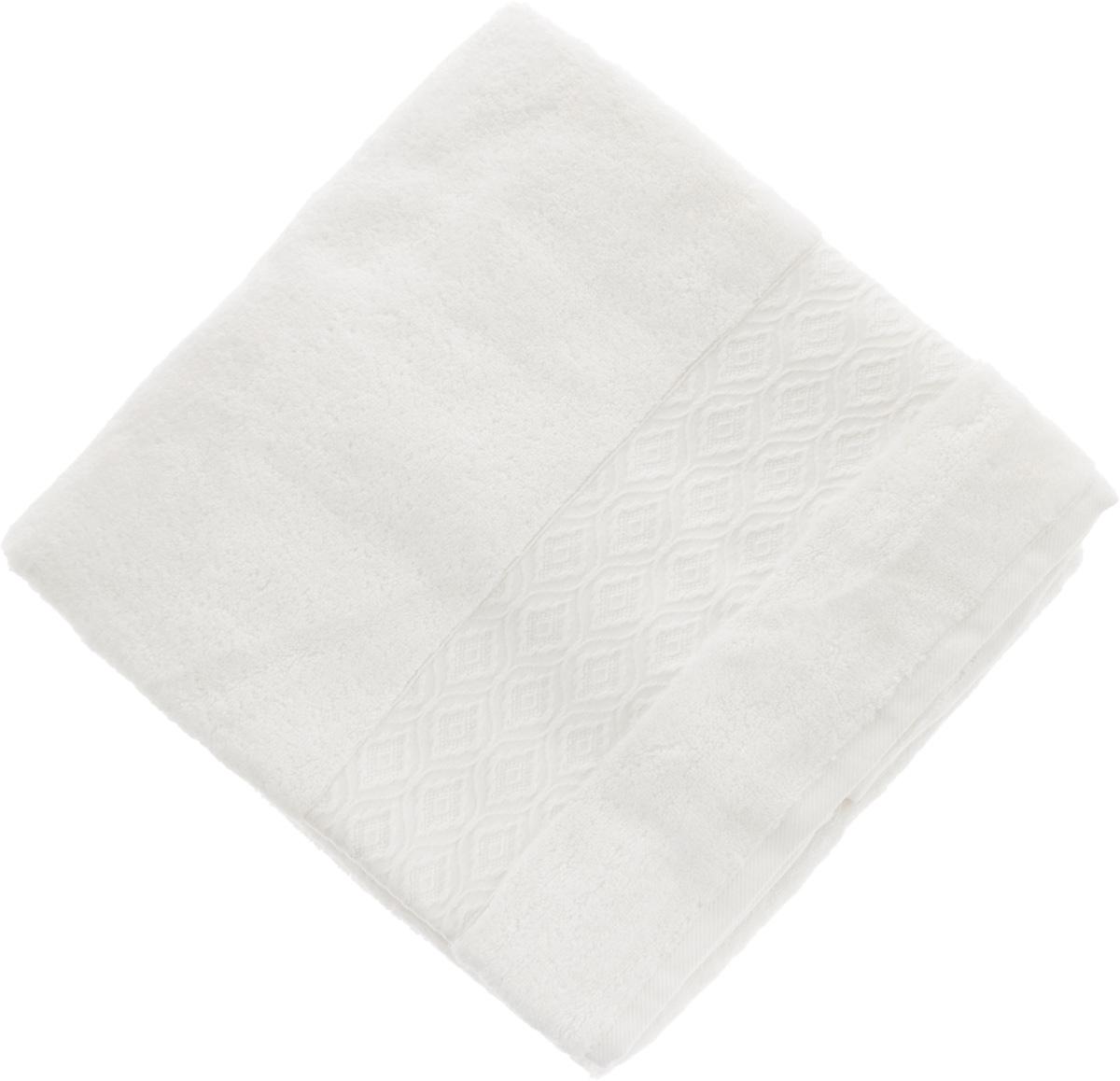 Полотенце Issimo Home Delphine, цвет: белый, 90 x 150 см391602Полотенце Issimo Home Delphine выполнено из модала и хлопка. Такое полотенце обладает уникальными свойствами и характеристиками. Необычайная мягкость модала и шелковистый блеск делают изделие приятными на ощупь и практичными в использовании. Моментально впитывает влагу, сохраняет невесомость даже в мокром виде, быстро сохнет. Полотенце декорировано жаккардовым узором.