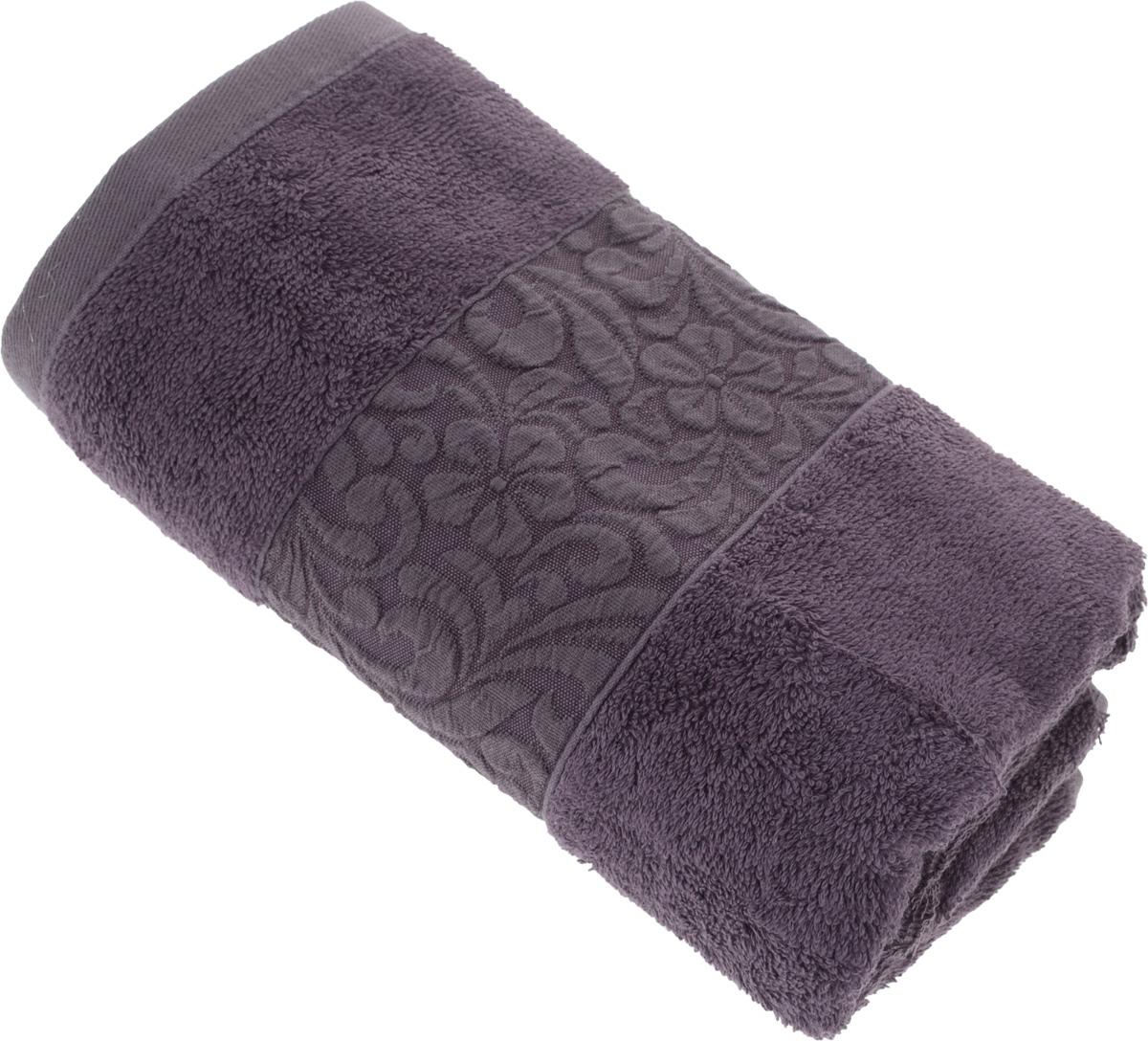 Полотенце бамбуковое Issimo Home Valencia, цвет: пурпурный, 50 x 90 см1004900000360Полотенце Issimo Home Valencia выполнено из 60% бамбукового волокна и 40% хлопка. Таким полотенцем не нужно вытираться - только коснитесь кожи - и ткань сама все впитает. Такая ткань впитывает в 3 раза лучше, чем хлопок.Несмотря на высокую плотность, полотенце быстро сохнет, остается легкими даже при намокании.Изделие имеет красивый жаккардовый бордюр, оформленный цветочным орнаментом. Благородные, классические тона создадут уют и подчеркнут лучшие качества махровой ткани, а сочные, яркие, летние оттенки создадут ощущение праздника и наполнят дом энергией. Красивая, стильная упаковка этого полотенца делает его уже готовым подарком к любому случаю.