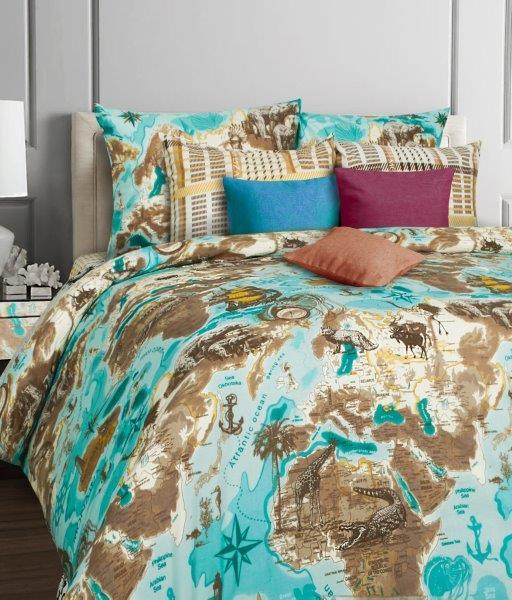 Комплект белья Mona Liza Cruise, евро, наволочки 70x70391602Комплект постельного белья Mona Liza Cruise, выполненный из бязи (100% хлопок), состоит из пододеяльника, простыни и двух наволочек. Изделия оформлены оригинальным рисунком.Пододеяльник на пуговицах.Бязь - ткань полотняного переплетения с незначительной сминаемостью, хорошо сохраняющая цвет при стирке, легкая, с прекрасными гигиеническими показателями. Такой комплект подойдет для любого стилевого и цветового решения интерьера, а также создаст в доме уют.