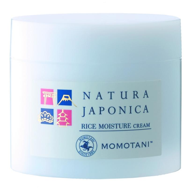 Momotani Увлажняющий крем с экстрактом ферментированного риса 48 г526329В состав крема входит 5 компонентов, полученных из риса. Крем глубоко увлажняет, питает кожу и придает ей упругость.Активные компоненты:Экстракт ферментированного риса богат минералами, аминокислотами и органическими кислотами (молочная, яблочная, лимонная и т. д.), а также имеет низкомолекулярный состав, что позволяет питательным веществам глубже проникать в кожу. Придает коже гладкость и упругость.Рисовый экстракт, получаемый из отборного белого риса, придает коже упругость, эластичность и насыщает ее влагой.Церамиды риса растительного происхождения, получаемые из рисовых отрубей и пророщенного риса, защищают кожу и удерживают в ней влагу.Экстракт рисовых отрубей, получаемый из рисовых отрубей и пророщенного риса, восстанавливает кожу, делая ее увлажненной и светящейся изнутри.Масло рисовых отрубей питает кожу, придает ей гладкость и упругость.Продукт производится из тщательно отобранного риса, произрастающего в префектуре Миэ, и родниковой воды с подножия горы Сузуки, насыщенной минералами, в том числе кальцием и магнием.Не содержит ароматизаторов и красителей; обладает слабокислыми свойствами.
