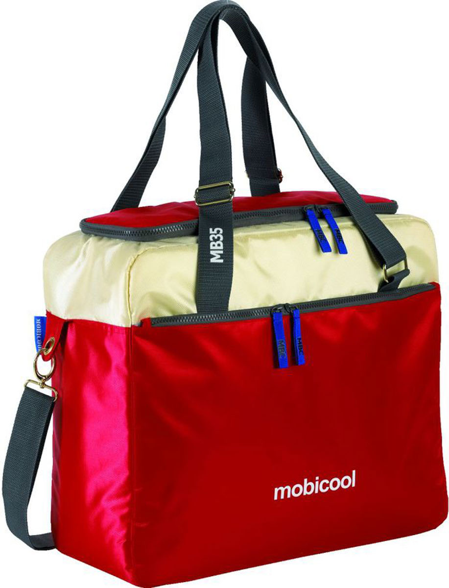 Термосумка MobiCool Sail 35, цвет: красный, 44 х 18 х 40 см9103500758_greenТермосумка MobiCool Sail 35 станет незаменимым помощникомдля охлаждения напитков и продуктов в любой поездке. Регулируемый по длине плечевой ремень позволит с легкостью носить сумку, оставляя руки свободными. Множество отделений позволяют собрать вещи для дальней дороги. Внутренний термоизолирующий слой из вспененного полиэтилена надолго сохраняет свежесть мясных блюд, салатов, а также охлажденных напитков. Термосумка изготовлена из прочных, устойчивых к выгоранию материалов. Для переноски предусмотрены 2 регулируемые ручки и съемный, регулируемый плечевой ремень. Изоляция: EPP пенопласт.Метод охлаждения: хладагент.Внутренний материал: фольгированный PEVA.Внешний материал: высокопрочный полиэстер.Вместимость: 11 бутылок емкостью 1.5 л, 63 банки емкостью 0,33 л.Длина ручек: 34-66 см.Длина плечевого ремня: 31-70 см.