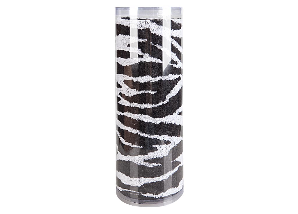 Полотенце махровое Soavita Зебра, 65 х 130 см12727Полотенце для тела Soavita Зебра выполнено из высококачественного махрового полотна и оформлено ярким рисунком. Махровое полотно создается из хлопковых нитей, которые, в свою очередь, прядутся из множества хлопковых волокон. Чем длиннее эти волокна, тем прочнее будет нить, и, соответственно, изделие. Длина составляющих хлопковую нить волокон влияет и на фактуру получаемой ткани: чем они длиннее, тем мягче и пушистее получится махровое изделие, тем лучше будет впитывать изделие воду. Хотя на впитывающие качество махры - ее гигроскопичность, не в последнюю очередь влияет состав волокна. Мягкая махровая ткань отлично впитывает влагу и быстро сохнет. Полотенце очень практично и неприхотливо в уходе, сохраняет яркость цвета и не теряет форму даже после многократных стирок.