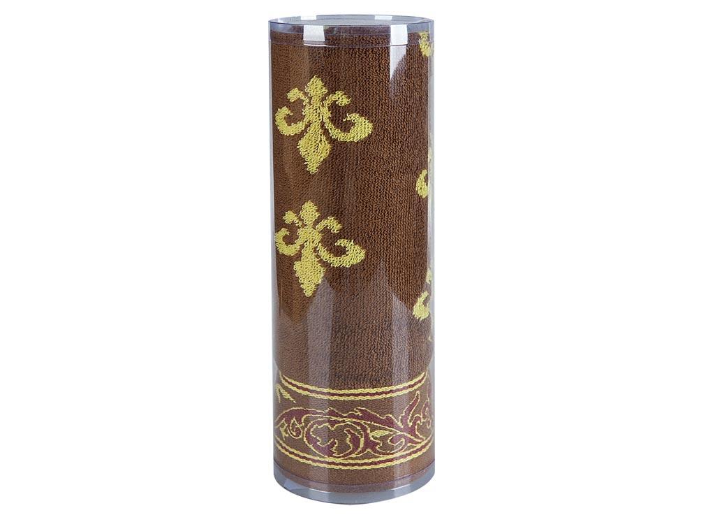 Полотенце Soavita Вензель, цвет: коричневый, 65 х 130 см68/5/4Махровое полотенце Soavita Вензель выполнено из хлопка. Полотенца используются для протирки различных поверхностей, также широко применяются в быту.Такой набор станет отличным вариантом для практичной и современной хозяйки.Махровое полотно создается из хлопковых нитей, которые, в свою очередь, прядутся из множества хлопковых волокон. Чем длиннее эти волокна, тем прочнее будет нить, и, соответственно, изделие. Длина составляющих хлопковую нить волокон влияет и на фактуру получаемой ткани: чем они длиннее, тем мягче и пушистее получится махровое изделие, тем лучше будет впитывать изделие воду. Хотя на впитывающие качество махры - ее гигроскопичность, не в последнюю очередь влияет состав волокна. Мягкая махровая ткань отлично впитывает влагу и быстро сохнет.Размер полотенца: 65 х 130 см.