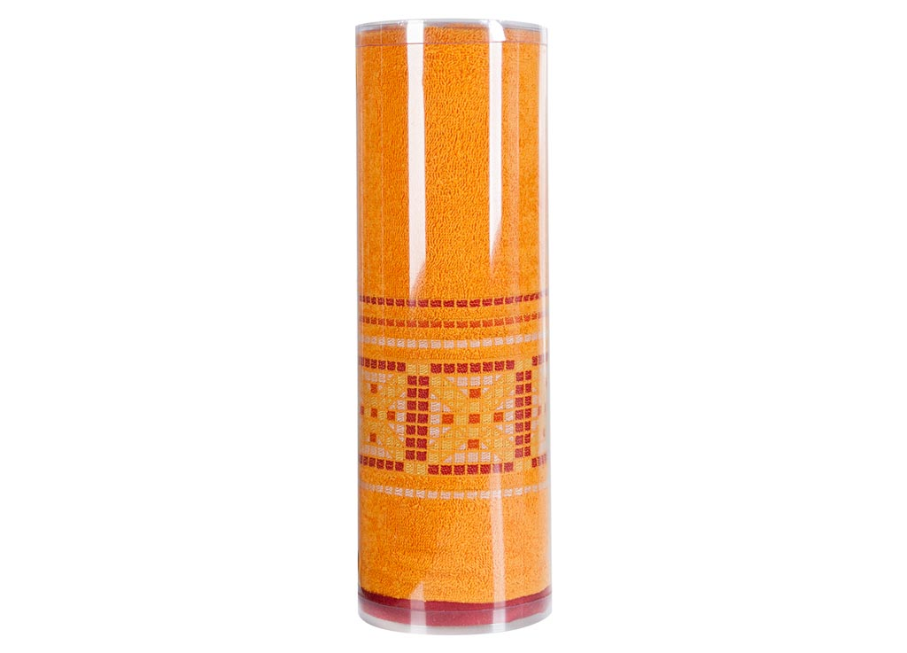 Полотенце махровое Soavita Eo. Star, цвет: темно-желтый, 70 х 140 см787502Махровое полотно создается из хлопковых нитей, которые, в свою очередь, прядутся из множества хлопковых волокон. Чем длиннее эти волокна, тем прочнее будет нить, и, соответственно, изделие. Длина составляющих хлопковую нить волокон влияет и на фактуру получаемой ткани: чем они длиннее, тем мягче и пушистее получится махровое изделие, тем лучше будет впитывать изделие воду. Хотя на впитывающие качество махры – ее гигроскопичность, не в последнюю очередь влияет состав волокна. Мягкая махровая ткань отлично впитывает влагу и быстро сохнет. Soavita – это популярный бренд домашнего текстиля. Дизайнерская студия этой фирмы находится во Флоренции, Италия. Производство перенесено в Китай, чтобы сделать продукцию более доступной для покупателей. Таким образом, вы имеете возможность покупать продукцию европейского качества совсем не дорого. Домашний текстиль прослужит вам долго: все детали качественно прошиты, ткани очень плотные, рисунок наносится безопасными для здоровья красителями, не линяет и держится много лет. Все изделия упакованы в подарочные упаковки.