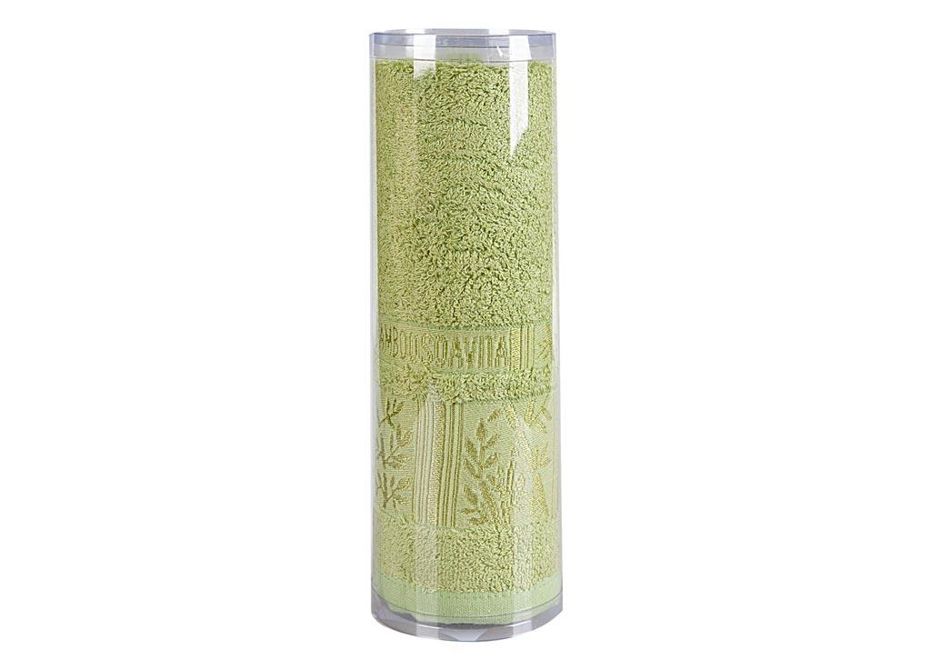 Полотенце махровое Soavita Sofia, цвет: зеленый, 50 х 90 см68/5/4Махровое полотно создается из хлопковых нитей, которые, в свою очередь, прядутся из множества хлопковых волокон. Чем длиннее эти волокна, тем прочнее будет нить, и, соответственно, изделие. Длина составляющих хлопковую нить волокон влияет и на фактуру получаемой ткани: чем они длиннее, тем мягче и пушистее получится махровое изделие, тем лучше будет впитывать изделие воду. Хотя на впитывающие качество махры – ее гигроскопичность, не в последнюю очередь влияет состав волокна. Мягкая махровая ткань отлично впитывает влагу и быстро сохнет. Soavita – это популярный бренд домашнего текстиля. Дизайнерская студия этой фирмы находится во Флоренции, Италия. Производство перенесено в Китай, чтобы сделать продукцию более доступной для покупателей. Таким образом, вы имеете возможность покупать продукцию европейского качества совсем не дорого. Домашний текстиль прослужит вам долго: все детали качественно прошиты, ткани очень плотные, рисунок наносится безопасными для здоровья красителями, не линяет и держится много лет. Все изделия упакованы в подарочные упаковки.