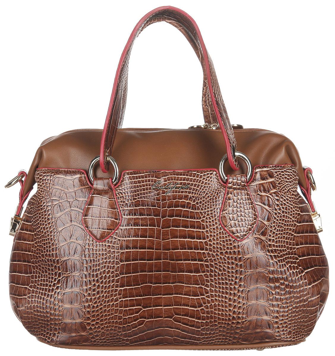 Сумка женская Calipso, цвет: коричневый. 448-021286-231967-637T-17s-01-42Стильная женская сумка Calipso выполнена из искусственной кожи. Модель оформлена тиснением под крокодила, перфорированными вставками и символикой бренда.Изделие состоит из одного основного отделения, закрывающегося на пластиковую застежку-молнию. Внутри карман-средник на молнии, два нашивных кармана для мелочей и врезной карман на молнии, а также предусмотрен ремешок с кольцом для ключей. Снаружи по обеим сторонам сумки расположены прорезные карманы, каждый из которых закрывается на магнитную кнопку. Верхние боковые углы сумки фиксируются на замки-защелки. Дно сумки дополнено металлическими ножками, что предотвращает повреждение изделия.Сумка оснащена двумя удобными ручками с металлическими кольцами у основания и съемным плечевым ремнем, регулируемой длины.Прилагается фирменный текстильный чехол для хранения.Сумка - это стильный аксессуар, который сделает ваш образ изысканным и завершенным. Классические формы и оригинальное оформление сумки Calipso подчеркнет ваше отменное чувство стиля.