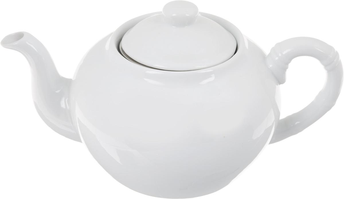 Чайник заварочный Patricia, с фильтром, 1 лIM56-0002Заварочный чайник Patricia изготовлен из высококачественного фарфора с гладким глазурованным покрытием. Изделие выполнено в классическом стиле. Чайник снабжен съемным металлическим фильтром и удобной ручкой. В основании носика расположены фильтрующие отверстия от попадания чаинок в чашку. Любой чай в таком изысканном чайнике станет для вас наслаждением, поводом отдохнуть и перевести дыхание. Он прекрасно украсит сервировку стола к чаепитию. Благодаря красивому утонченному дизайну, качеству исполнения и большому объему он станет хорошим подарком друзьям и близким. Не рекомендуется мыть в посудомоечной машине и использовать в микроволновой печи. Диаметр (по верхнему краю): 8,5 см. Внутренний диаметр: 6,5 см.Высота чайника (без учета крышки): 10 см. Высота фильтра: 5 см.