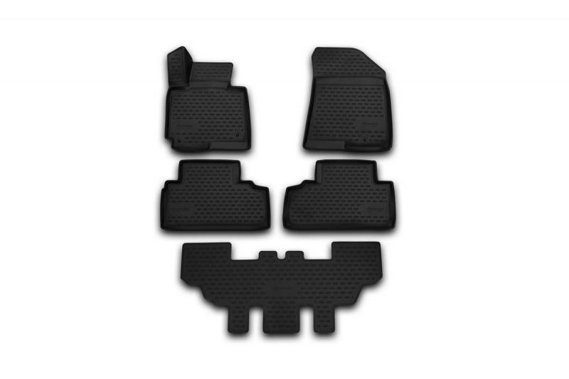 Набор автомобильных ковриков Novline-Autofamily для Nissan Patrol 2010-, в салон, 5 штАксион Т-33Набор автомобильных ковриков Novline-Autofamily, изготовленный из полиуретана, состоит из 5 ковриков, которые учитывают все особенности каждой модели автомобиля и полностью повторяют контуры пола. Полиуретановые автомобильные коврики для салона произведены из высококачественного материала, который держит форму, прочный и не пачкает обувь. Коврики в салон не только улучшат внешний вид салона вашего автомобиля, но и надежно уберегут его от пыли, грязи и сырости, а значит, защитят кузов от коррозии. Полиуретановые коврики для автомобиля гладкие, приятные и не пропускают влагу. Ковры для автомобилей надежно крепятся на полу и не скользят, что очень важно во время движения. Чистятся коврики очень просто: как при помощи автомобильного пылесоса, так и различными моющими средствами. Набор подходит для Nissan Patrol с 2010 года выпуска.