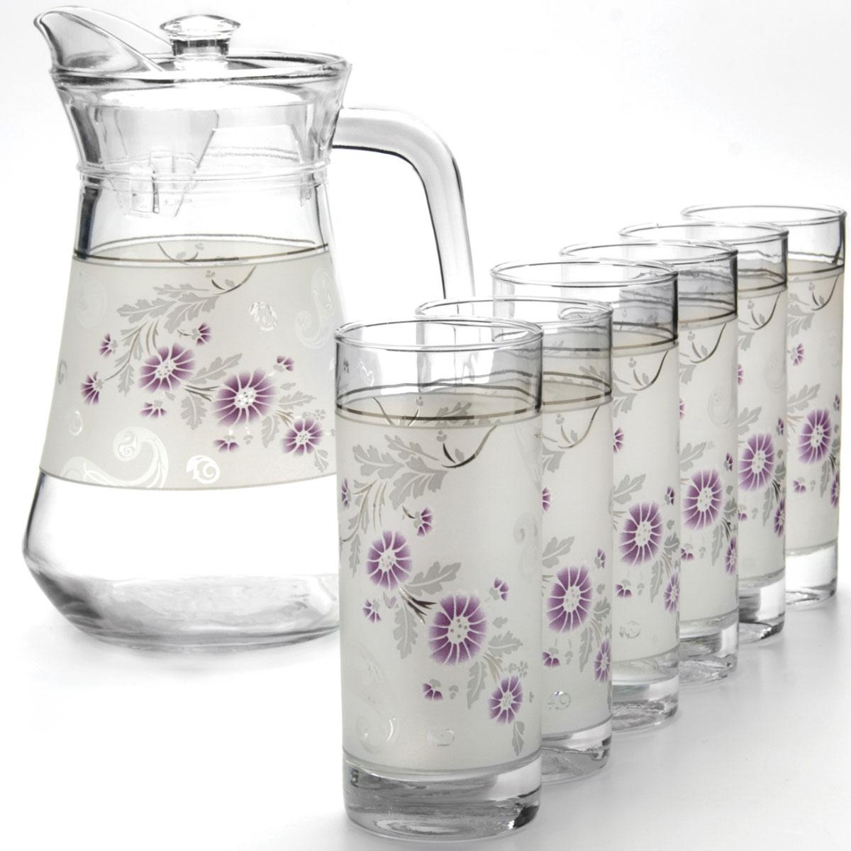Набор питьевой Loraine, 7 предметов. 24067VT-1520(SR)Набор питьевой Loraine, выполненный из высококачественного стекла, состоит из 6 стаканов и кувшина с пластиковой крышкой. Изделия декорированы цветочным рисунком. Такой набор прекрасно подходит для сока, воды, лимонада и других напитков. Посуда Loraine обладает не только высокими техническими характеристиками, но и красивым эстетичным дизайном.Не рекомендуется мытья в посудомоечной машине. Объем кувшина: 1,3 л. Диаметр кувшина по верхнему краю: 10 см. Высота кувшина (с учетом крышки): 21,5 см. Объем стакана: 285 мл. Диаметр стакана (по верхнему краю): 6 см. Высота стакана: 13,5 см.
