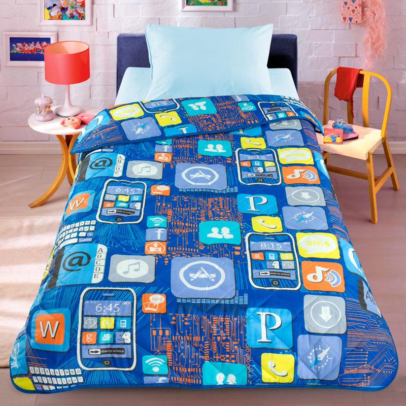 Letto Покрывало детское Смартфон цвет синийPANTERA SPX-2RSЛегкое оригинальное покрывало в чехле Letto Смартфон будет радовать вашего малыша в течение всего года. Сидеть на таком покрывале будет приятно и комфортно - ведь оно выполнено из 100% хлопка. К тому же покрывало можно использовать и как одеяло на детскую кровать. Наполнитель - силиконизированное волокно. Вашему ребенку не будет жарко под таким одеялом, а это значит от не будет раскрываться. Оно подлежит машинной стирке при температуре 30 гр., строго на деликатном режиме.
