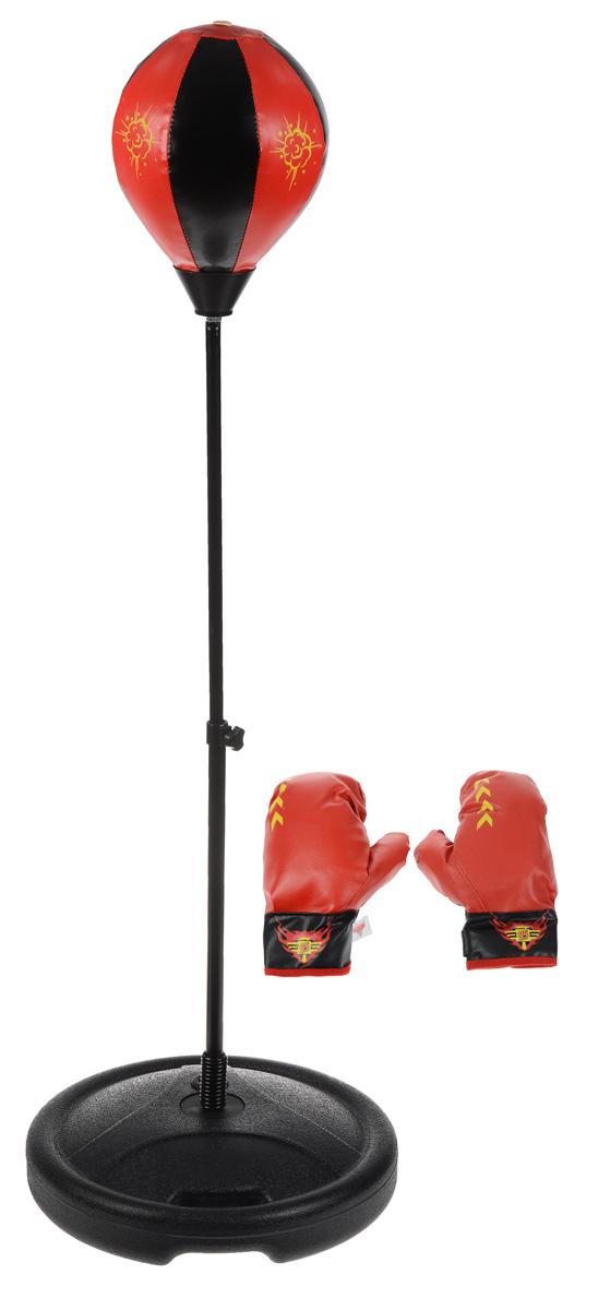 """Если ваш мальчик неравнодушен к спорту, порадуйте его игровым набором для бокса Играем вместе """"Тачки"""". В комплект входит груша, а также красные боксерские перчатки, удобно фиксирующие запястья ребенка во время тренировки. Для того, чтобы использовать грушу, ее необходимо накачать с помощью насоса (в комплект не входит). Стойку для груши необходимо наполнить водой или песком. Высота ее может регулироваться от 70 до 100 см., в зависимости от роста ребенка. Порадуйте свое драгоценное чадо столь занимательным и развлекательным подарком."""