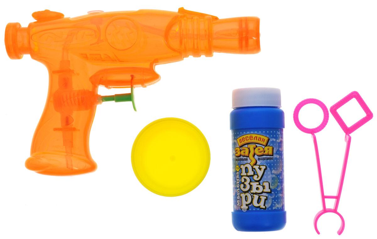 """Классические мыльные пузыри - забава интересная. Вы сможете порадовать своих детей и испытать приятные эмоции сами! В комплект набора """"Веселая затея"""" входят: емкость с мыльным раствором, баночка для мыльного раствора, фигурные палочки для пускания мыльных пузырей, водный пистолет."""