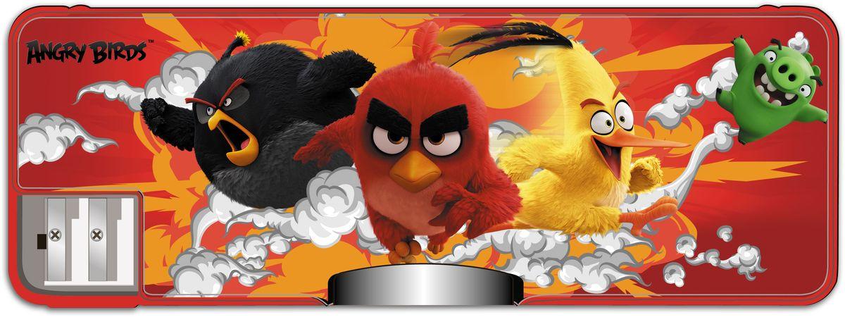 Angry Birds Movie Пенал цвет красный11437761Яркий прочный пенал Angry Birds Movie станет для ребенка незаменимым спутником в школе.Модель отличается оригинальным дизайном и хорошим качеством используемых материалов. Выполнен из высококачественного пластика, содержит два отделения и закрывается двумя крышками на магнитах. Пенал укомплектован двумя встроенными точилками для карандашей. Принт с персонажами Angry Birds Movie непременно понравится поклоннику мультфильма.