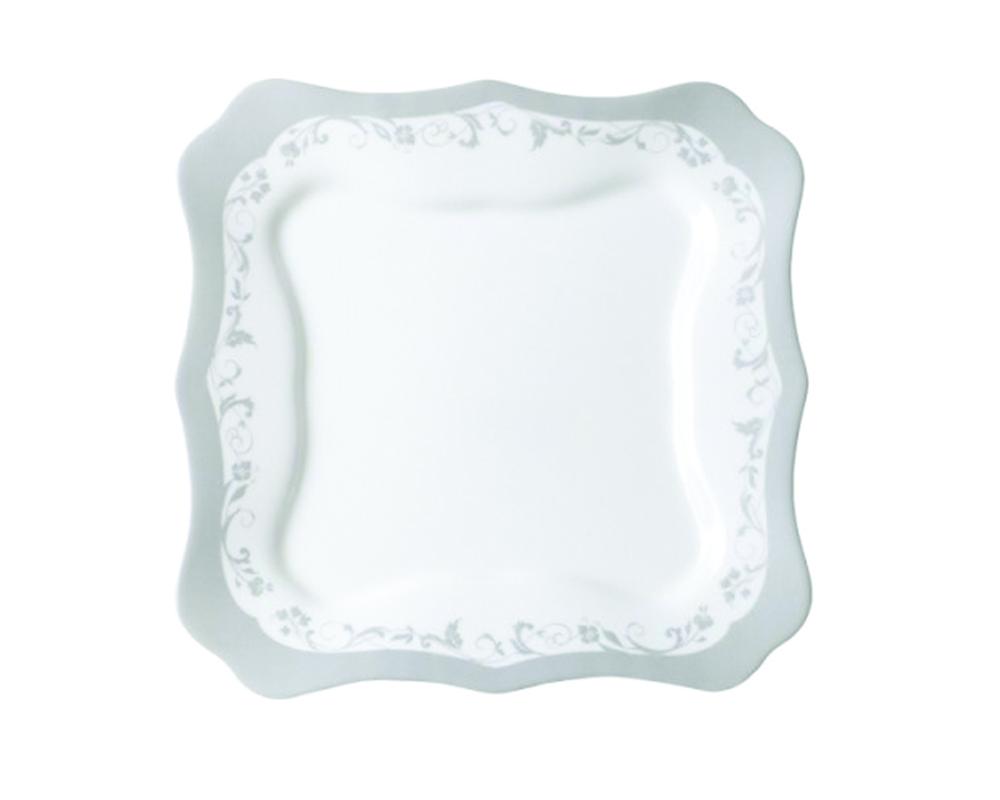 Тарелка Luminarc Authentic, цвет: белый, серебристый, 25,5 х 25,5 см5016579Квадратная тарелка из серии Luminarc Authentic Silver выполнена из ударопрочного стекла, устойчива к резким перепадам температуры. Тарелка предназначена для сервировки вторых блюд, а также ее можно использовать, как блюдо для подачи закусок. Нежная и изысканная тарелка отлично подойдёт для праздничного стола. Подходит для использования в посудомоечной машине и СВЧ.Размер тарелки: 25,5 х 25,5 см.