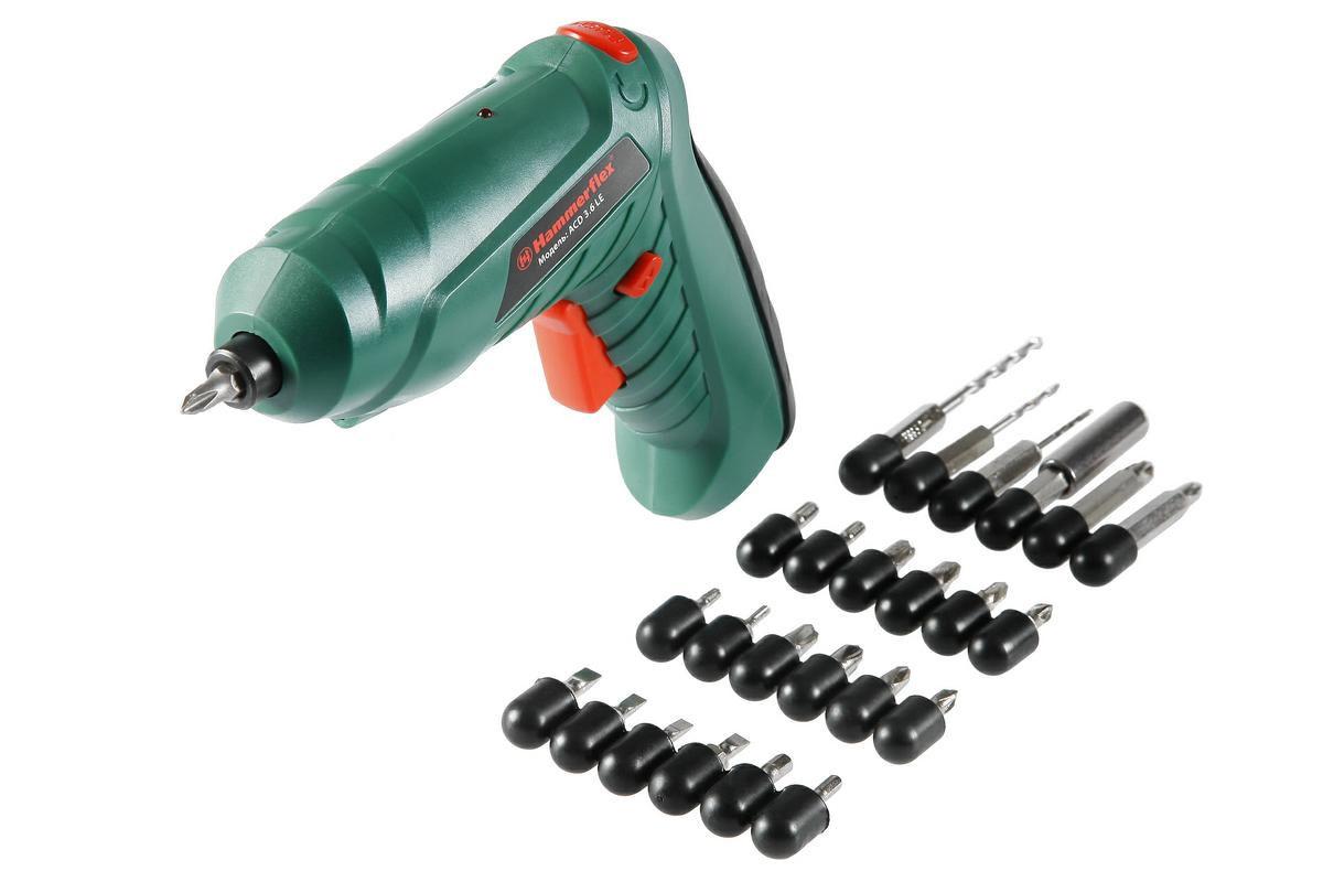 Отвертка аккумуляторная Hammer ACD3.6LE, с набором биткн240ведОтвертка аккумуляторная Hammer ACD3.6LE предназначена для завинчивания и вывинчивания винтов и шурупов при сборочных работах.Особенности:- поворотная рукоятка;- светодиодная подсветка;- реверс;- индикация зарядки.В комплект входит 17 бит, 1 держатель для бит и 3 сверла разных диаметров.Время зарядки аккумулятора - 3-5 часов.