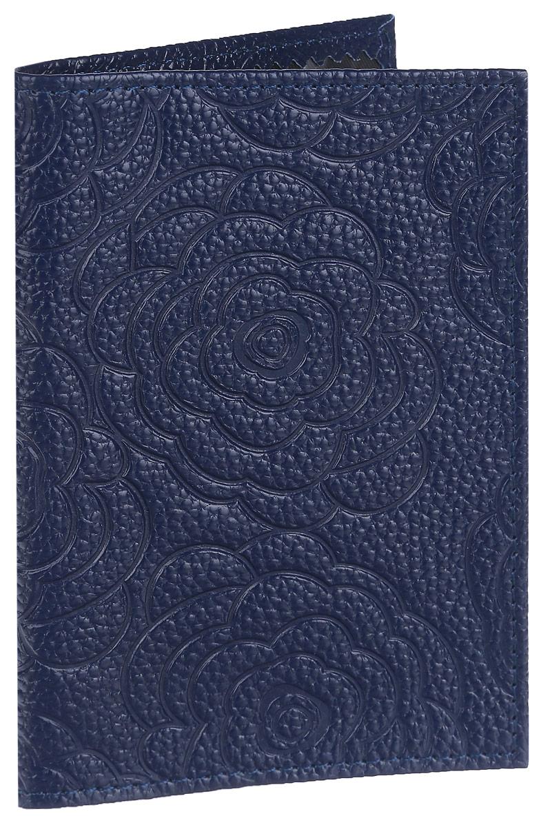 Обложка для паспорта Cheribags, цвет: темно-синий. ОР-17A52_108Стильная обложка для паспорта Cheribags изготовлена из натуральной кожи с фактурным тиснением и оформлена цветочным тиснением. Обложка для паспорта поможет сохранить внешний вид ваших документов и защитить их от повреждений, а также станет стильным аксессуаром.